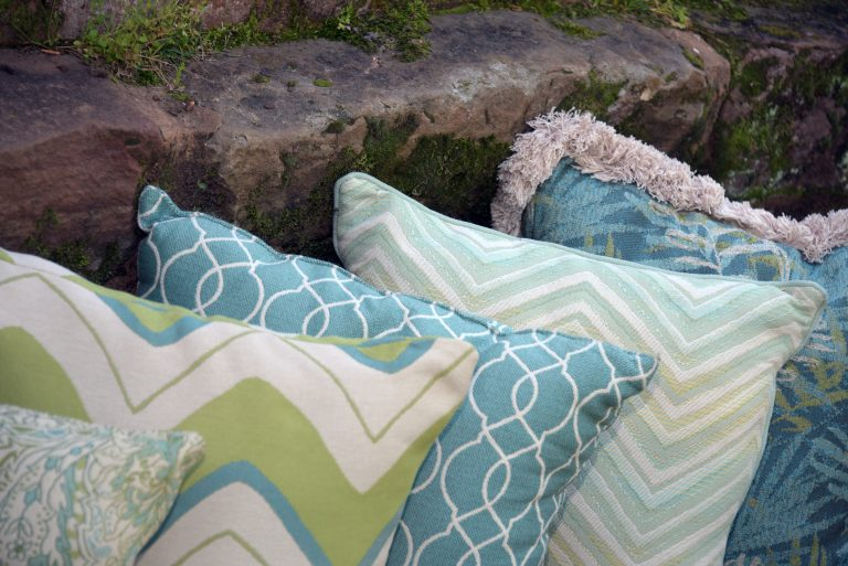 Phifer GeoBella Aquas/Teals Outdoor Cushion and Pillow Fabric